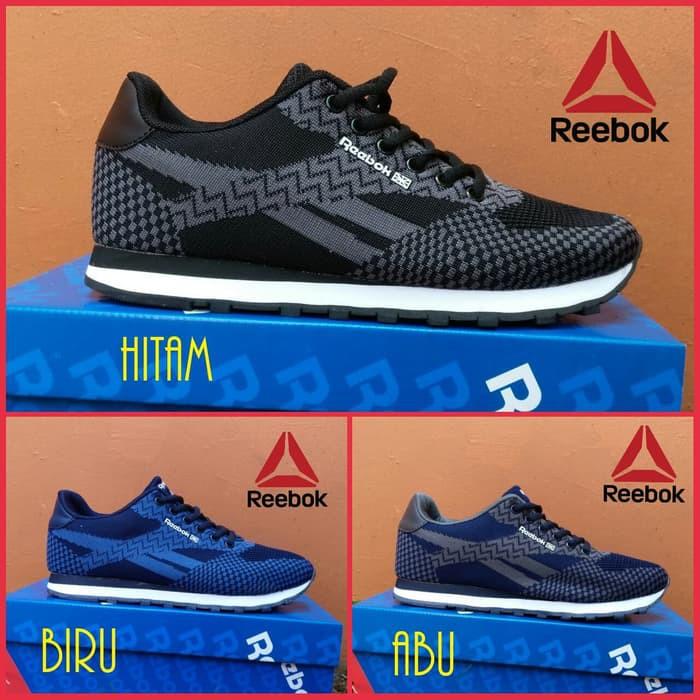 Sepatu reebok full black  sepatu sekolah  casual olahraga joging ... a9dee3969c