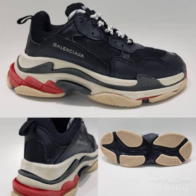 Auth Balenciaga Triple S Black Leather Tonal Sneaker 42 US 9 EU