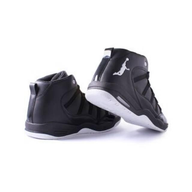 779c8499bc7ec Sepatu olahraga basket kids anak   dewasa nike lebron soldier 11 hitam GOLD GS  YOUTH grade original