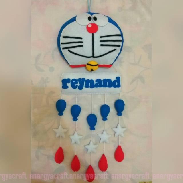 Hanging Door Doraemon
