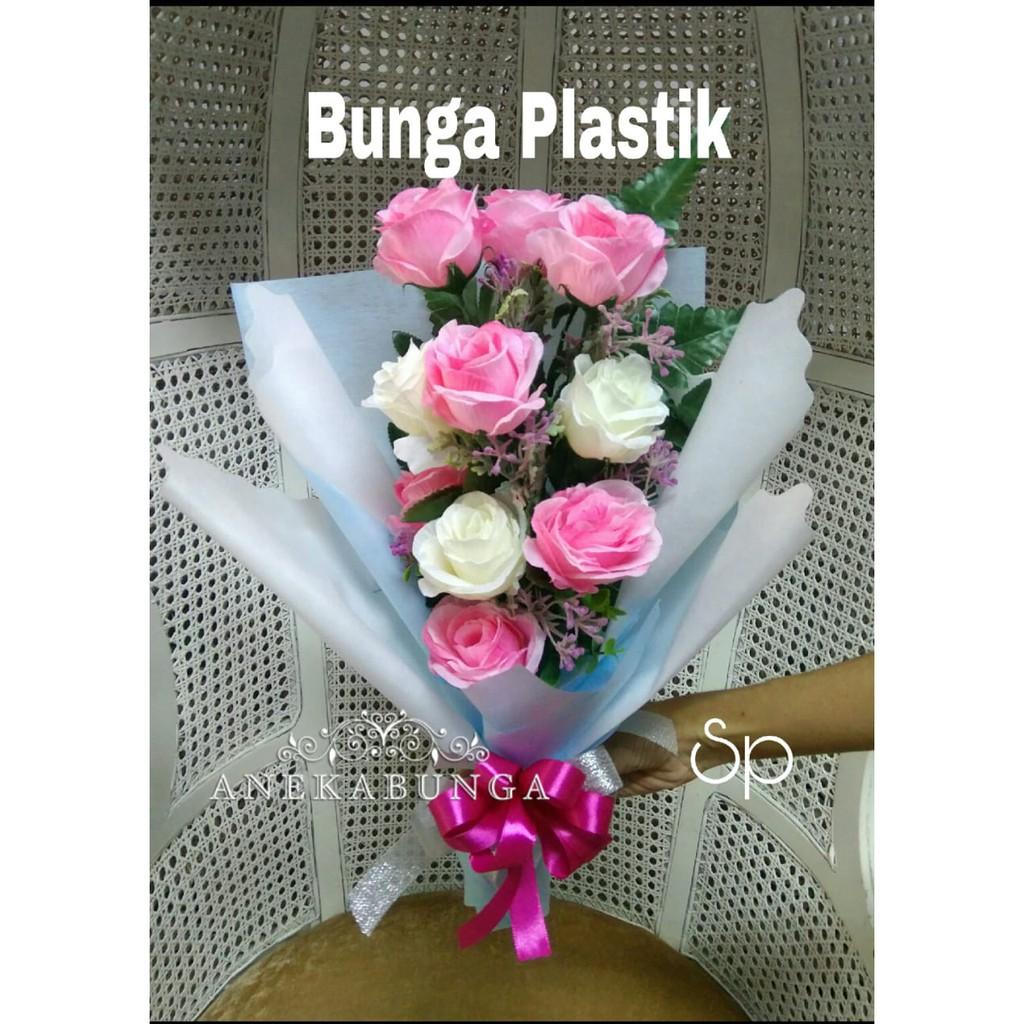 Buket Bunga Tulip Plastik Boneka Toga Wisuda Teddy Bear Graduation Bouquet  Flower Bucket Sidang  fb32495abb