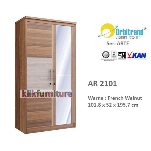 Lemari Pakaian Orbitrend 3 pintu cermin AR 3151 .
