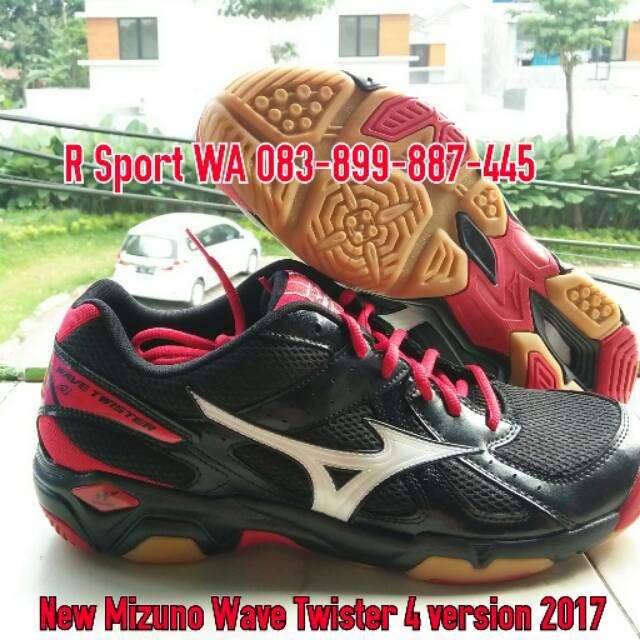 Sepatu Mitzuda Sepatu Voli Light Verza Duo Kuning Hitam - Update ... c8b5267b20