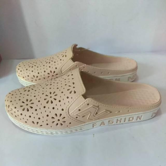 Sepatu Sandal Karet Wanita Newera Lb 8101 Shopee Indonesia