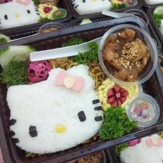 Cetakan Nasi Bento Roti Sandwich Cutter Hello Kitty Hk