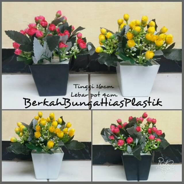 Bunga Plastik Hiasan Meja Bunga Hias Plastik Bunga Mawar Plastik Shopee Indonesia