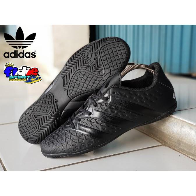 Murah   Sepatu  Sepatu Bola  Sepatu Futsal Adidas Ace Grade Ori Sepatu  Futsal Full sekarang Anda akan menghemat % 49991df1b0