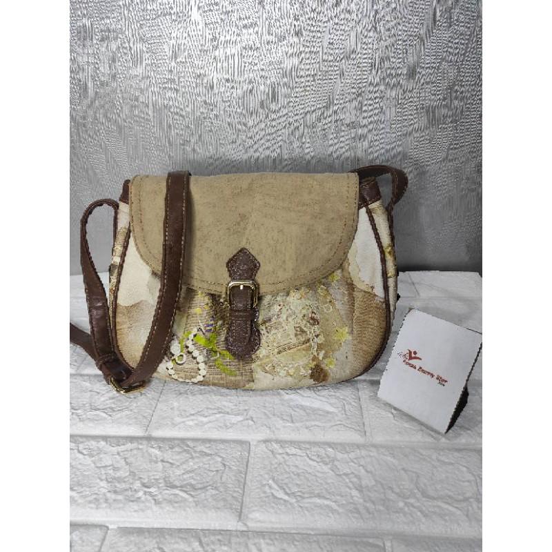 SONOVI sling bag preloved