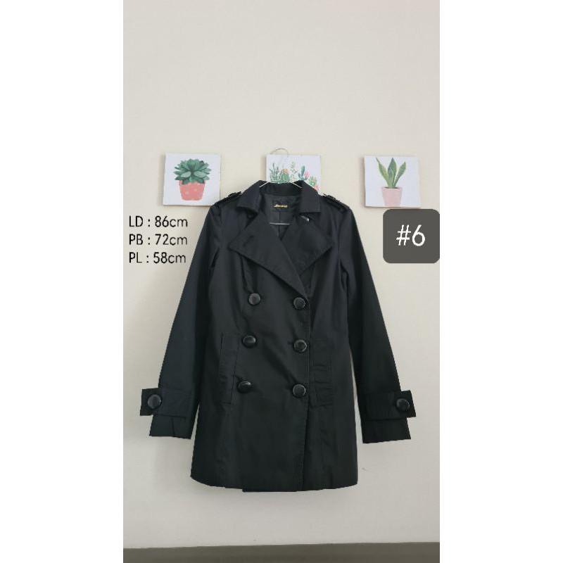 Preloved Coat Hitam Korea