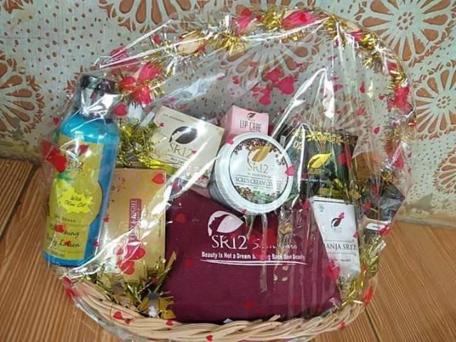 Spesial Paket Skincare Seserahan Parsel Skincare Kosmetik Bpom Kado Sr12 Kincare Herbal Skin