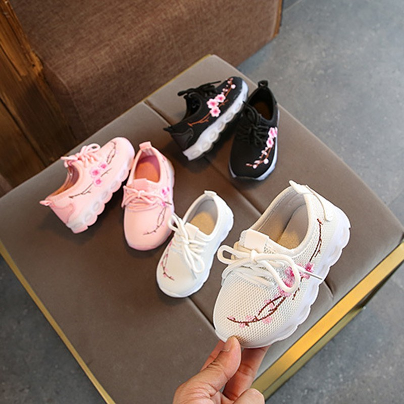 Korean Children Baby Boys Girls Shoes LED Light Casual Fashion Sports  Sneakers 0-12Y  3ae85636c3