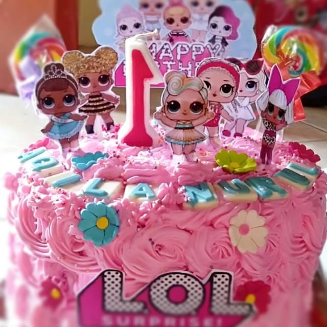 Kue tart/ kue ulang tahun LOL