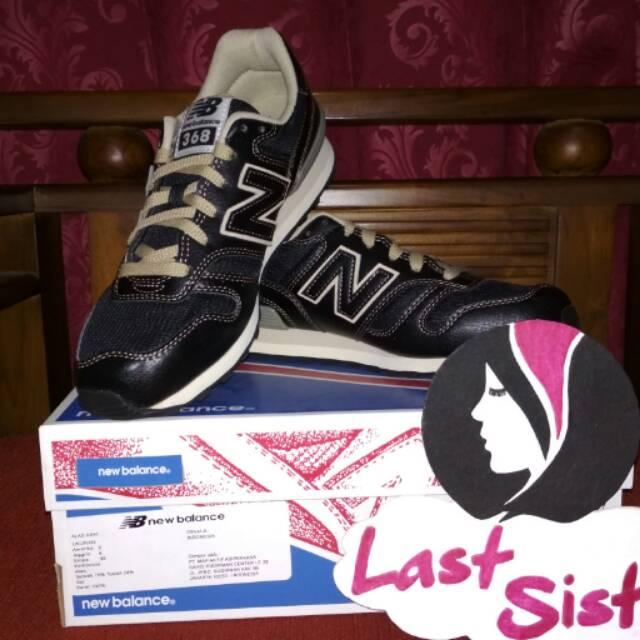Sepatu Wanita New Balance Vaze Slip On Navy  31a18a622a