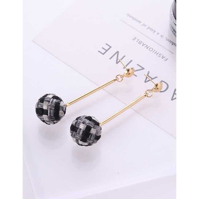 LRC Anting Tusuk Fashion Ball Shape Decorated Geometry Design Color Matching Earrings | Shopee Indonesia