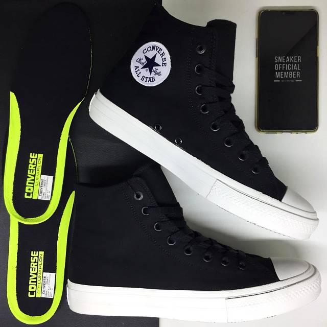 beställa presenter lågt pris 100% BNIB Sepatu Converse All Star Chuck Taylor II CT2 High Top ...