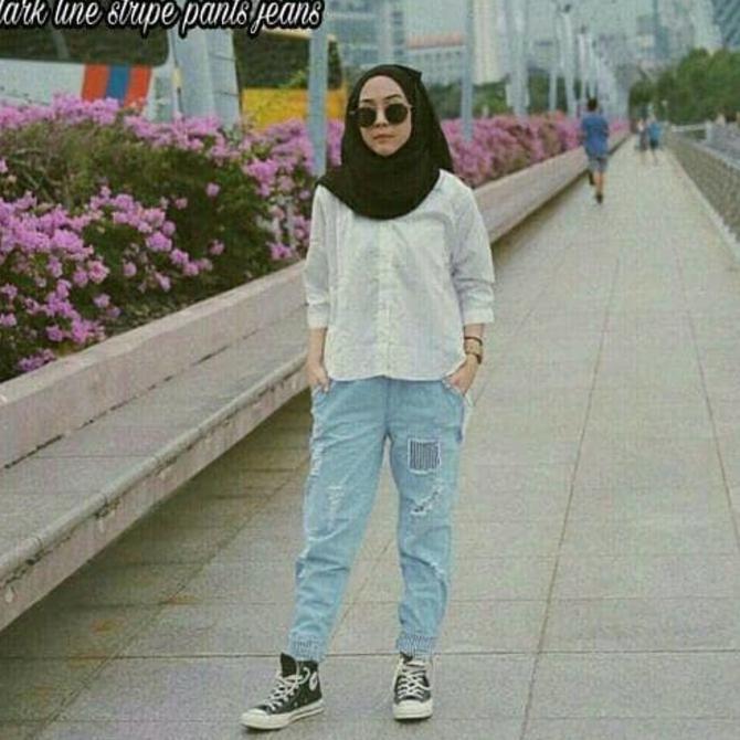 Celana ripped Jeans / Celana wanita murah : Dark Line stripe pants | Shopee Indonesia