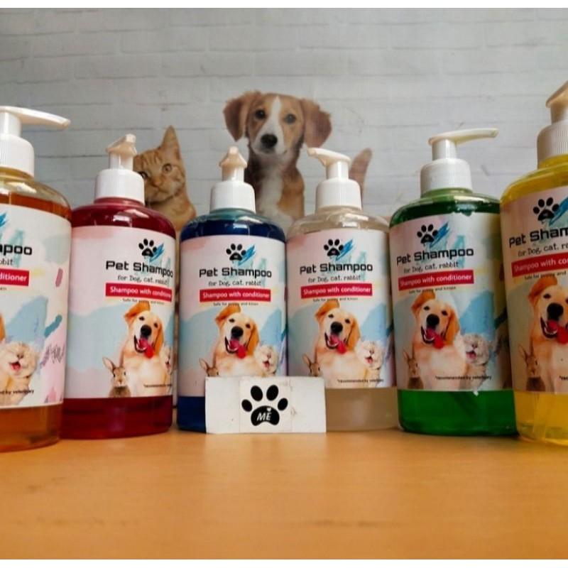 Shampo Kucing Anjing SHAMPO PLUS KONDITIONER 500ML