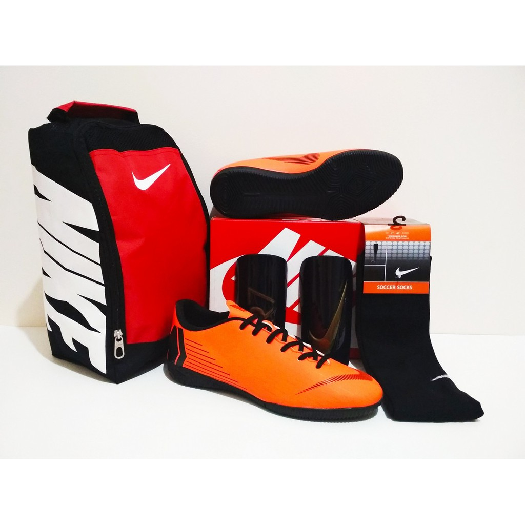 PAKET COMBO HEMAT Sepatu Futsal Mercurial Orange Black IC (Sepatu + Kaus  Kaki + Tas 99b7192b2c