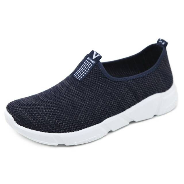 Sepatu Skechers Depth Charge Basic Man  e19655ee1a