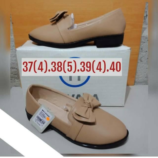 Sepatu merk nevada size 36  995fad07d3