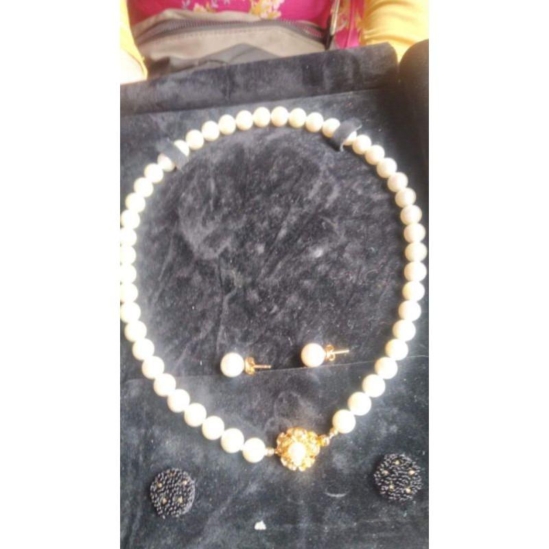 Kalung dan Anting Emas 23 karat Mutiara Asli