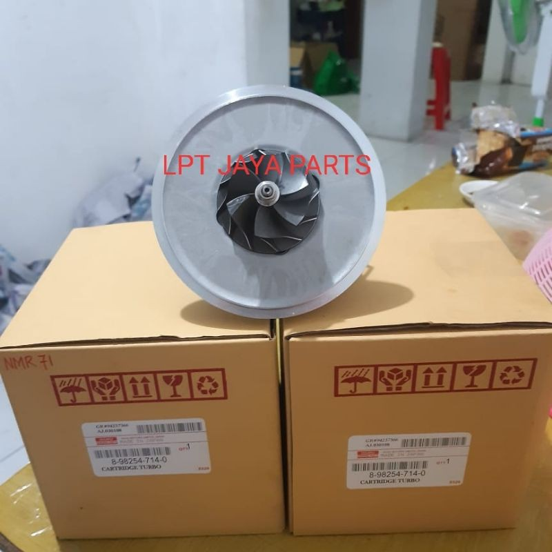 Catridge turbo / isi turbo Isuzu NMR71 NMR 71