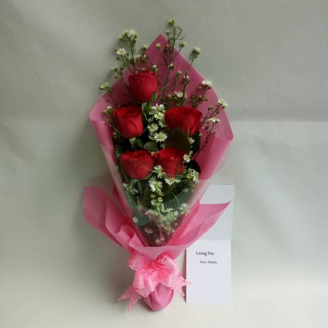 Hand Bouquet Bunga Mawar Merah Asli Hadiah Wisuda Bucket Bunga Shopee Indonesia