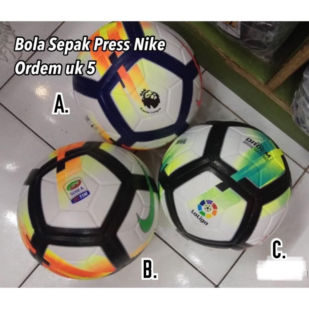 Bola Sepak Nike Ordem Liga Inggris   Premier League 17 18 Import size 5  0f8de5699c1bd