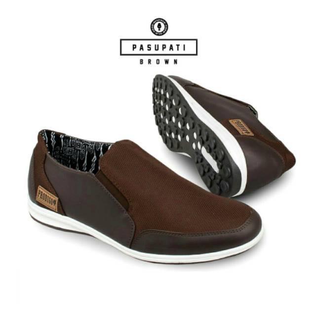 UAW SHOES FERRARI ORIGINAL Sepatu Pria Kasual Formal Cowok Sepatu Kerja  Pria Casual Formal Original  8974d70233