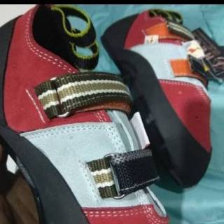Sepatu Panjat Tebing Wall Climbing La Sportiva Not Original Madrock Claw Shopee Indonesia
