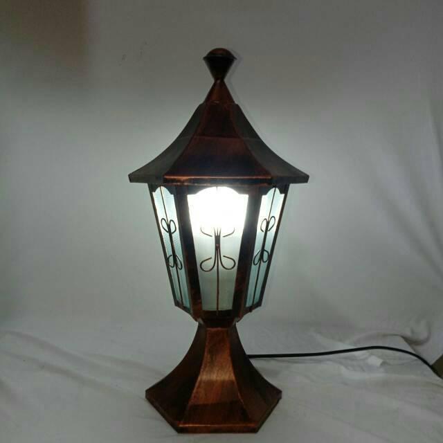 Lampu Pilar Klasik Penghias Pagar Rumah