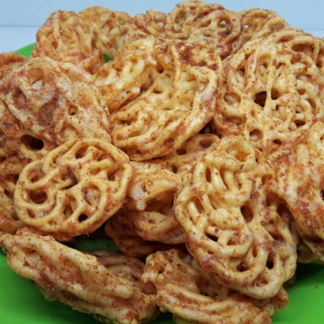 500gram Krupuk Kriwil Pedas Makanan Pedas Shopee Indonesia