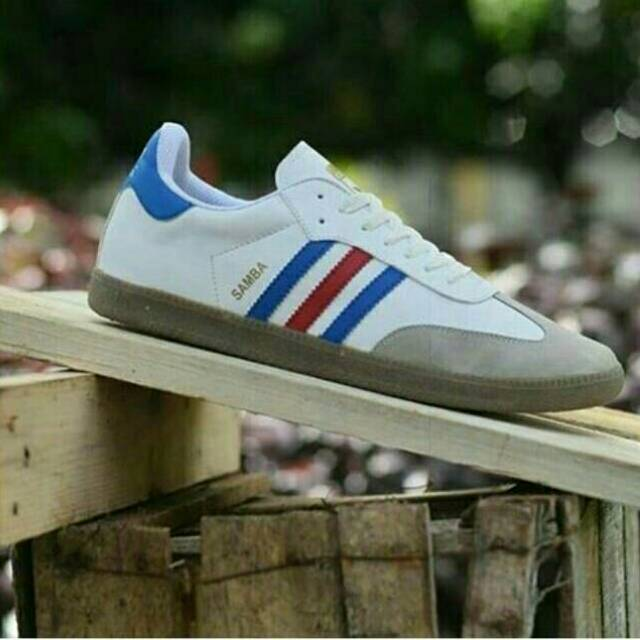 SEPATU ADIDAS SAMBA FRANCE HOLIGANS ULTRAS CASUAL  37ca469277