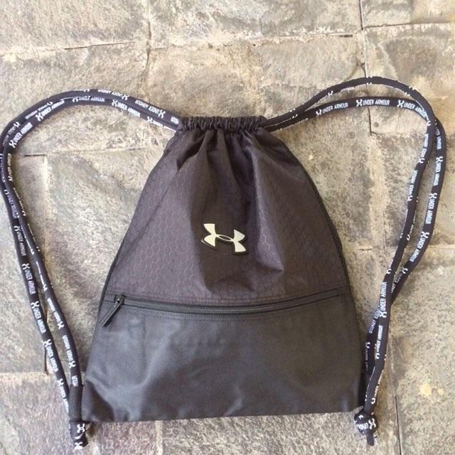 1987d2105d2d Drawstring Tas serut gymsack gymbag under armour