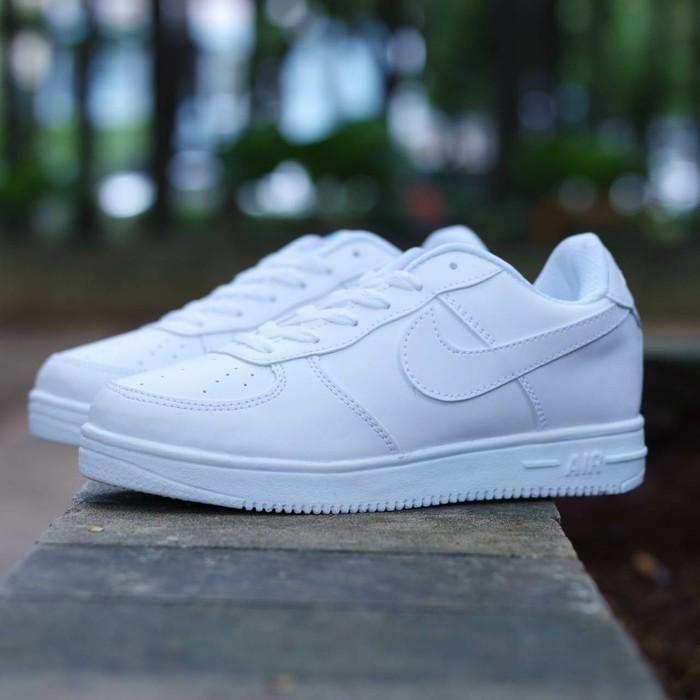 Baru Sepatu Nike Airforce One 1 Women Wanita Putih Pink Tosca Biru ... 61d979aa17