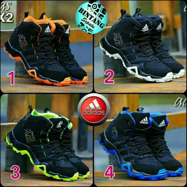 Sepatu Sport Adidas Pria Olahraga Running Lari Jogging Sneakers Cowok  3e8b750a3c
