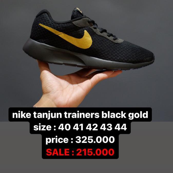 SALE nike tanjun trainers black gold - 40
