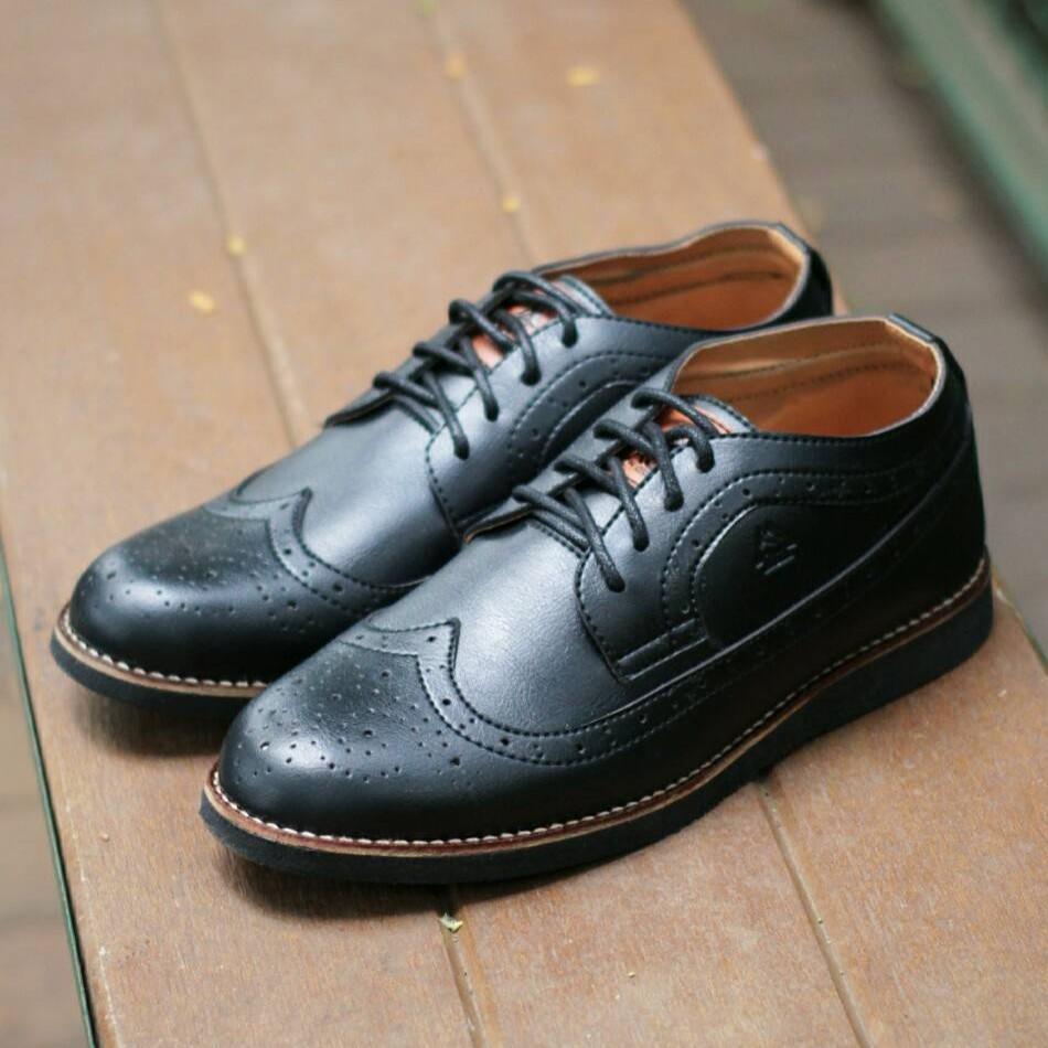 Clarks Free Kaos Kaki - Sepatu Pantofel Pria Kulit Asli Terlaris Handmade  b114dd54be