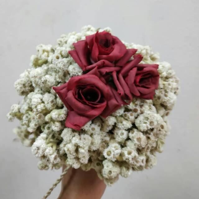 Hand Buket Bunga Edelweis Buket Bunga Mawar Buket Bunga Kering Rustic Wedding Flower Shopee Indonesia