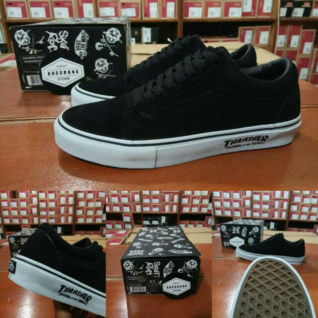 Sepatu Kets Vans SK8High Peanuts Collections Charlie Brown Snoopy Yellow  Black Kuning Hitam  2f12bcf5ae