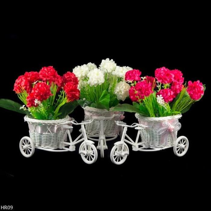 LF Buket Bunga Hydrangea Vas Sepeda Shabbychic HR09  528a4a2c86