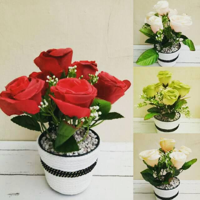Termurah Bunga Plastik Sepeda Bunga Hiasan Meja Bunga Hiasan Ruang Tamu  ....  baed1059c5