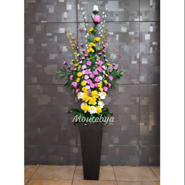 Bunga Sudut Ruang Tamu Desainrumahid Com