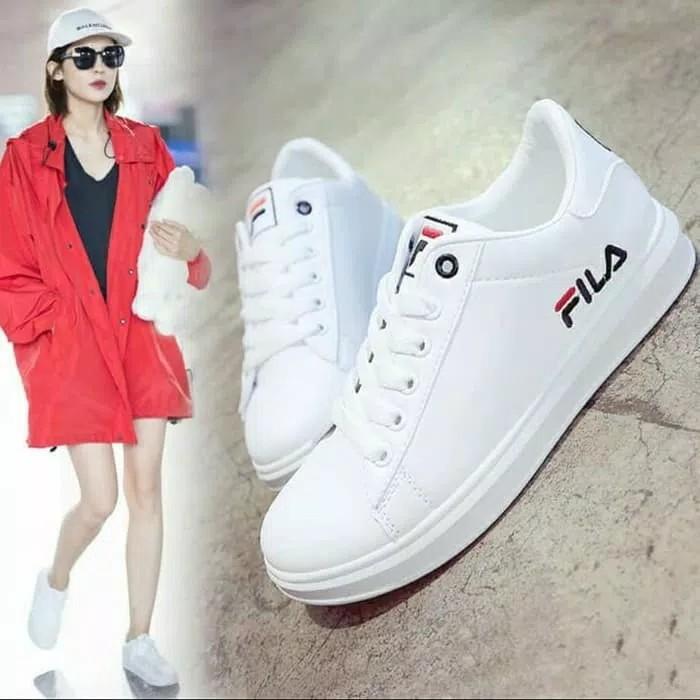 sepatu fila putih - Temukan Harga dan Penawaran Sneakers Online Terbaik - Sepatu  Wanita Maret 2019  a954e71659
