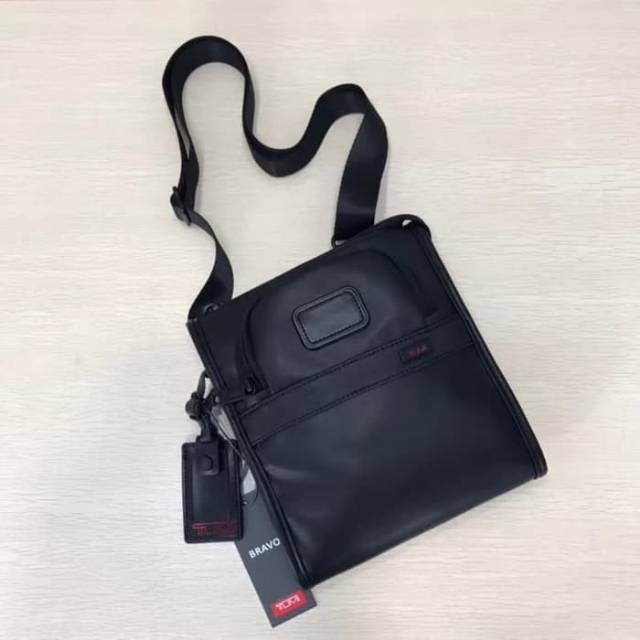 tas selempang Tumi Alpha II slim pocket leather / tas kulit pria import / slingbag pria murah