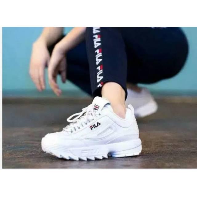 sepatu fila - Temukan Harga dan Penawaran Sneakers Online Terbaik - Sepatu  Wanita Maret 2019  9b2238996a
