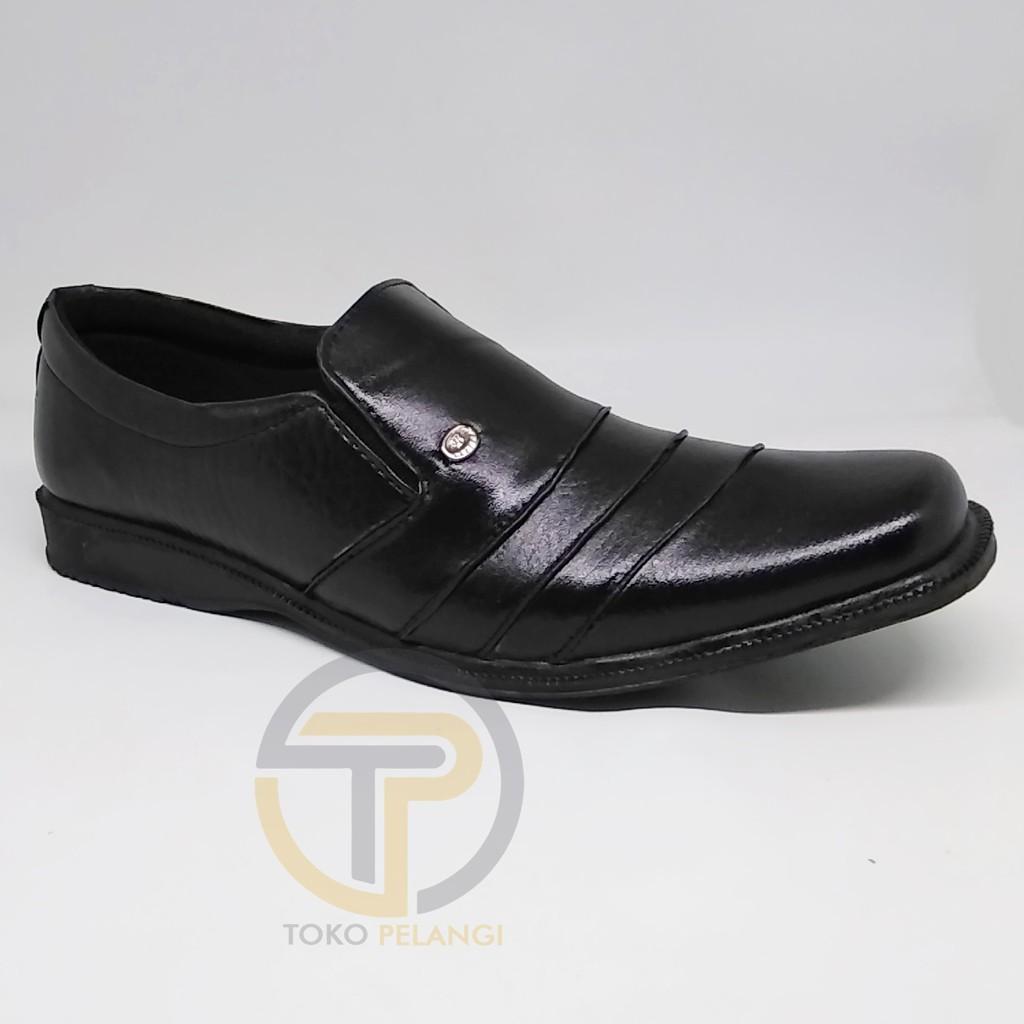 TERBARU Sepatu pantofel kulit asli fantofel kerja warna hitam sol anti selip tidak licin | Shopee Indonesia