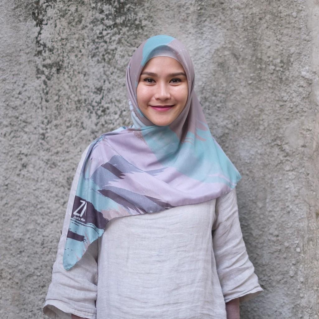 Zaskia Mecca Raya Scarf Navy Shopee Indonesia Fadele Hijab