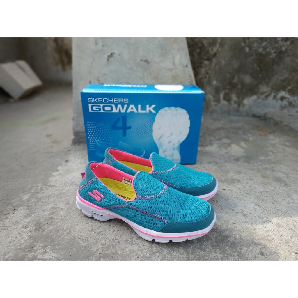 sepatu skechers - Temukan Harga dan Penawaran Sneakers Online Terbaik -  Sepatu Wanita Februari 2019  3c98a9658a