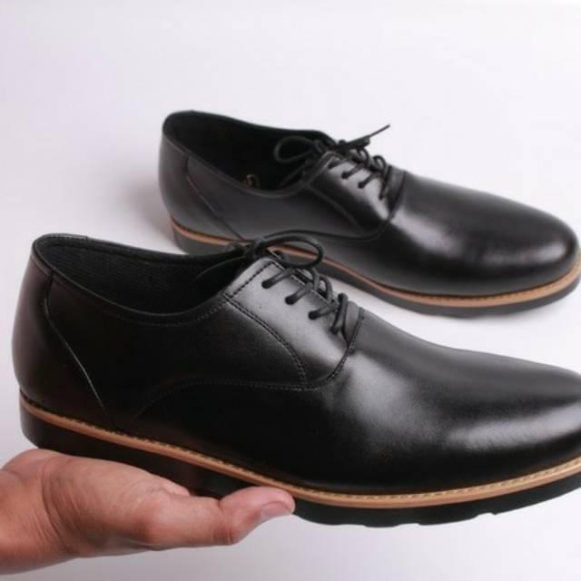 Sepatu kulit asli sepatu formal sepatu kerja sepatu pria sepatu  casualsepatumurah  d5c1b86343